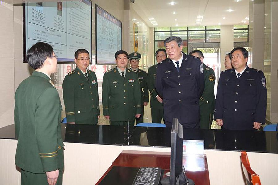 公安部副部长李伟检查指导北京消防安保工作_中国消防公司